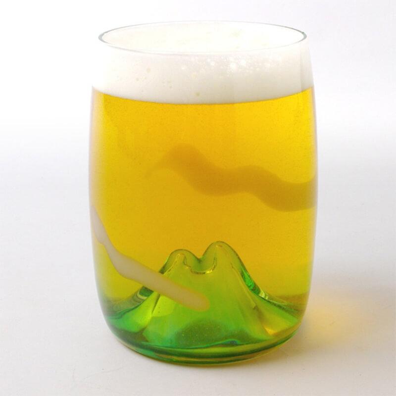 富士山を眺めて飲めるビアグラス